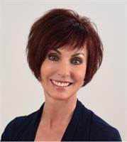 Monique Daigneault Profile Pic