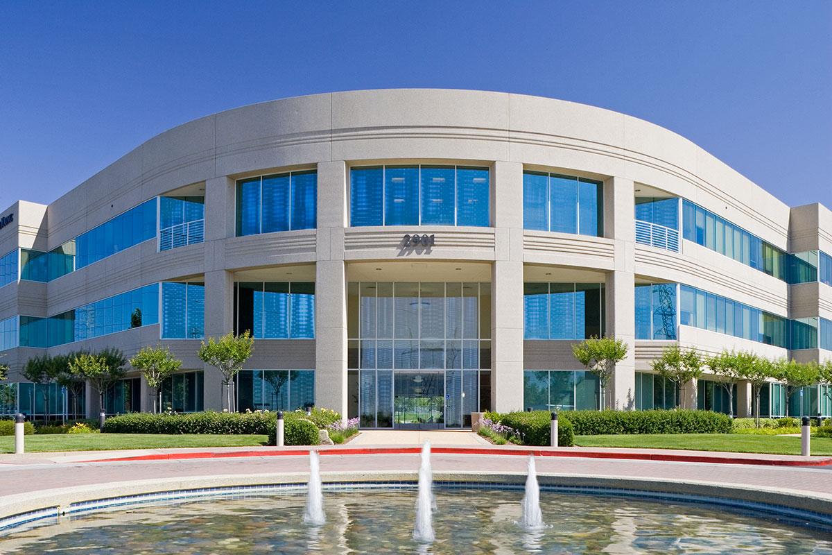 Douglas Corporate Center