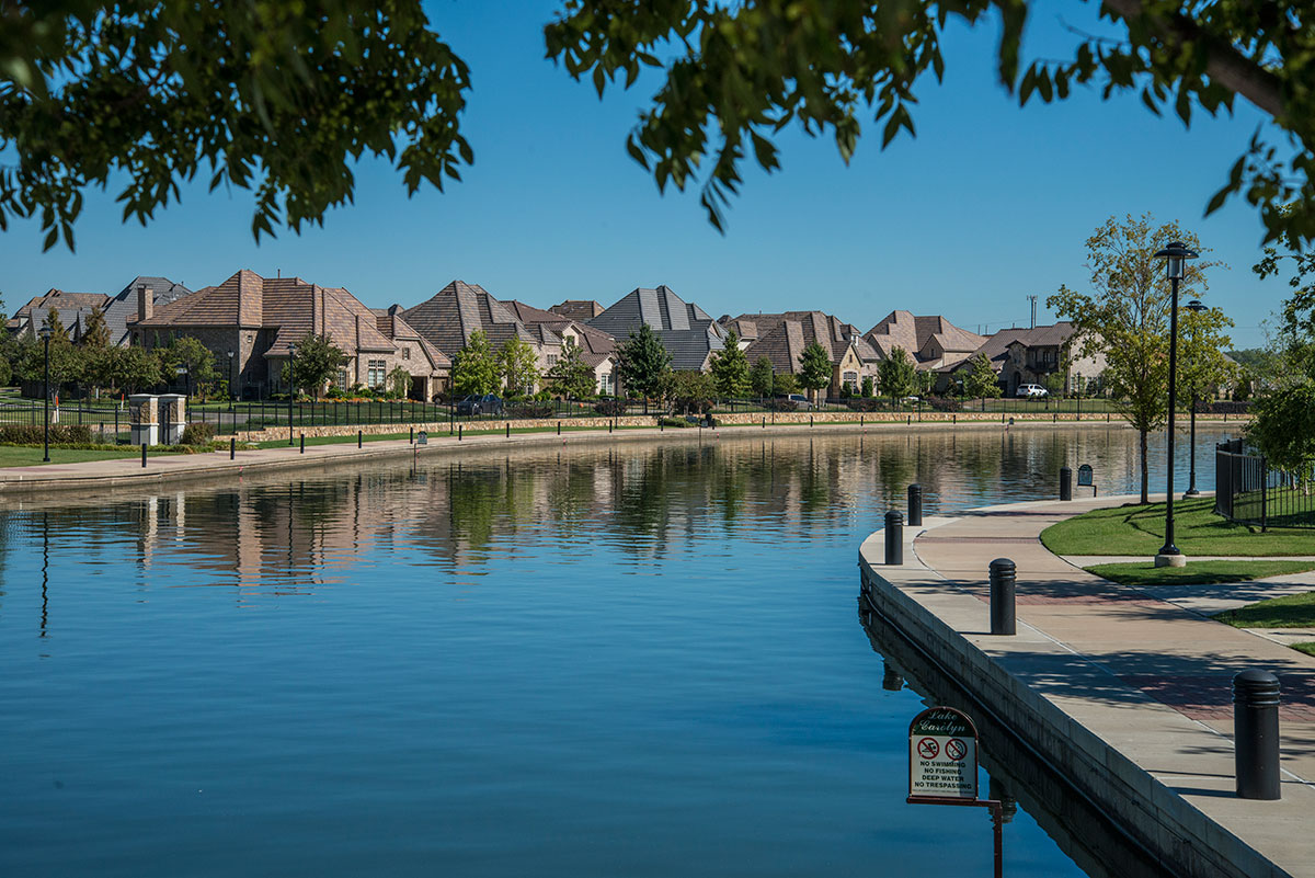 Lakes at Las Colinas (Las Colinas)