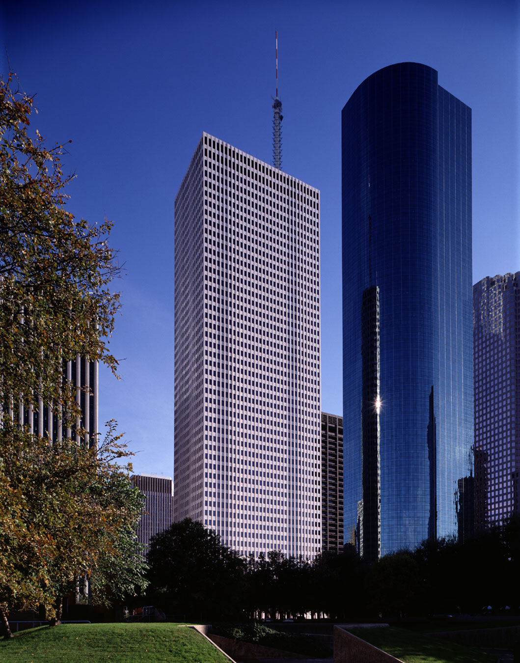 One Shell Plaza Houston Properties Hines