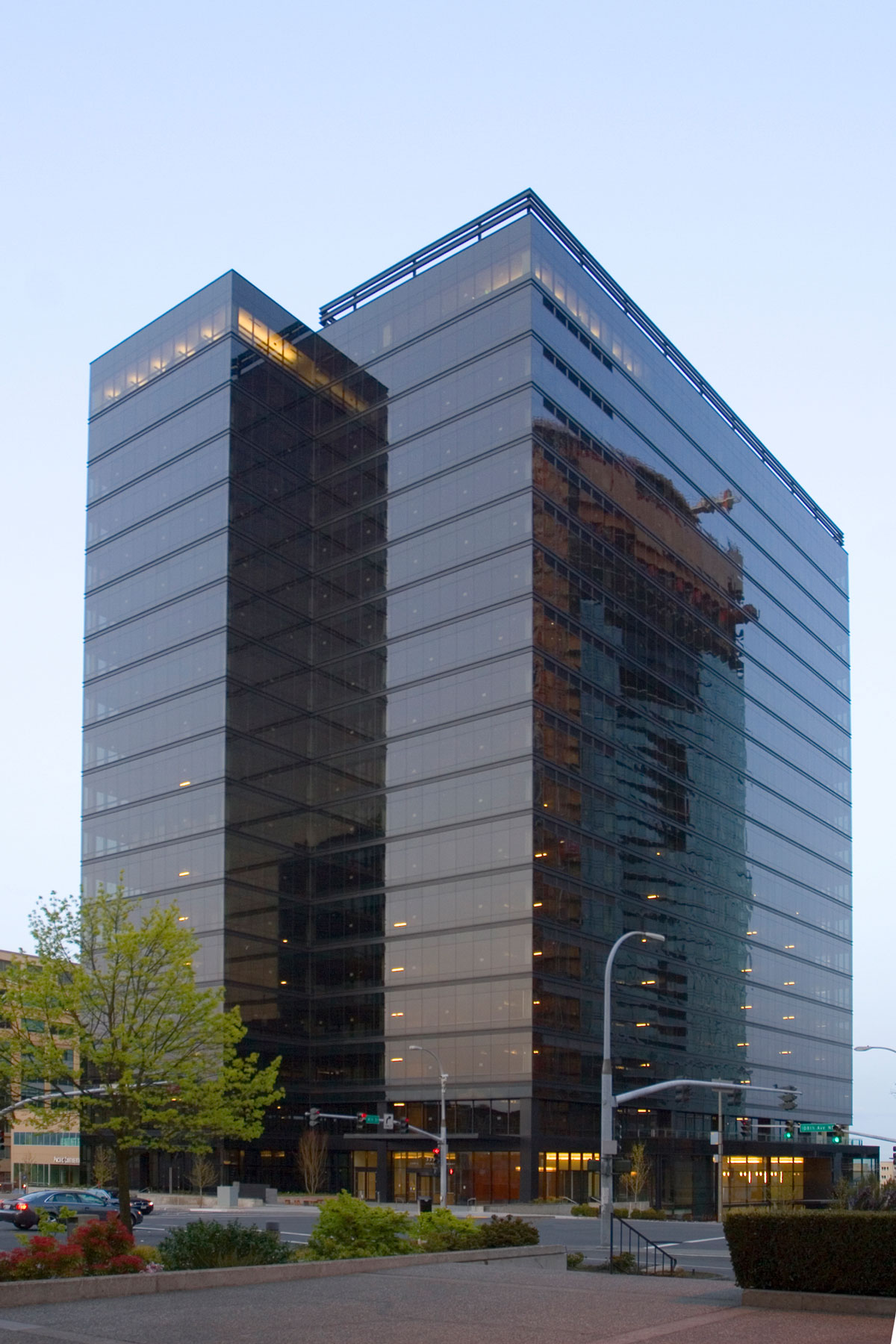 Expedia building bellevue properties hines for House builder