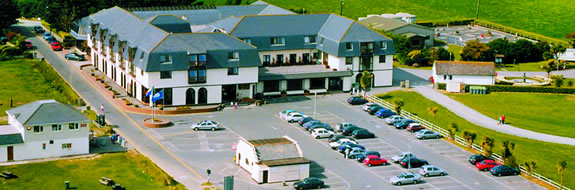 Clonea Strand Hotel