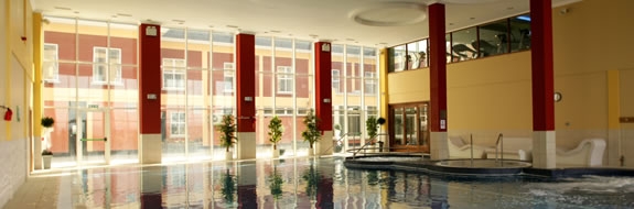 Lady Gregory Hotel And Swan Leisure Centre