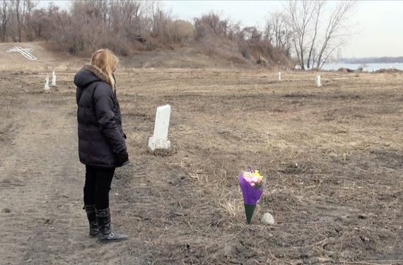 Elaine joseph visiting grave of her daughter tomika  march 14  2014
