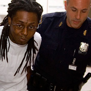 Lil Wayne Reports To Rikers Island For Sentence