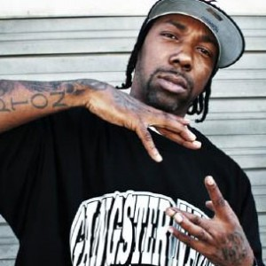 "MC Eiht & Nik Bean Talk ""All Starz & Strapz 2"", New West Debate"