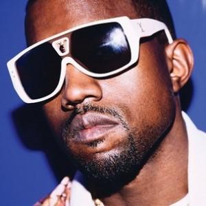 Kanye West f. Pusha T - Runaway