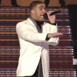 Drake f. Mary J. Blige & Swizz Beatz - Fancy (MTV VMA Performance)