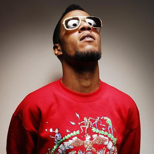 DX News Bits: Kid Cudi, Queen Latifah, Curren$y