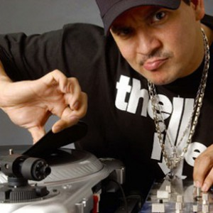 Skull Candy Partners With Mixmaster Mike For New Headphones