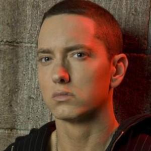 Eminem f. Jazmine Sullivan - Cocaine
