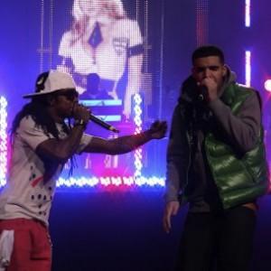 "Drake Hints ""The Throne"" Belongs To Him & Lil Wayne"