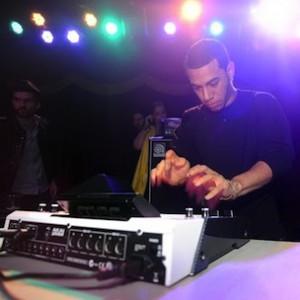 Loose Links: Araabmuzik's MPC Hand, Jay-Z x Aziz Ansari, Kanye West