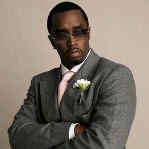 Diddy Donates $100,000 To Young Entrepreneurs Foundation