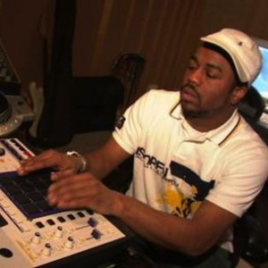 Just Blaze Speaks on Working with Dr. Dre, Saigon, XV and Mac Miller
