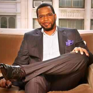 "2 Live Crew's Luther ""Uncle Luke"" Campbell Closer To Mayor Seat, Seeks To Tax Strippers"