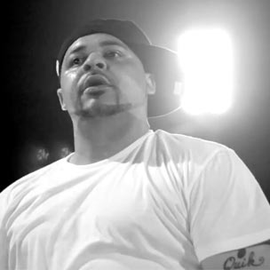 "Joell Ortiz - ""Battle Cry [Live Acapella Version]"""