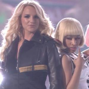 "Nicki Minaj f. Britney Spears - ""Super Bass/Till The World Ends [Billboard Awards Performance]"""