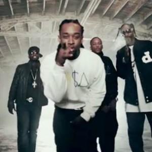 Tydolla$ign f. Snoop Dogg & Ashlee Simpson - Irresistable