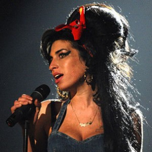 Amy Winehouse Found Dead In Her London Apartment