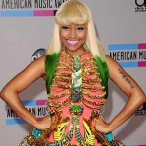 "Nicki Minaj's ""Super Bass"" Becomes Highest-Charting Female Rap Song Since 2002"