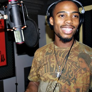 "B.o.B. Explains Theme Behind Potential ""The Man And The Martian"" Album With T.I."