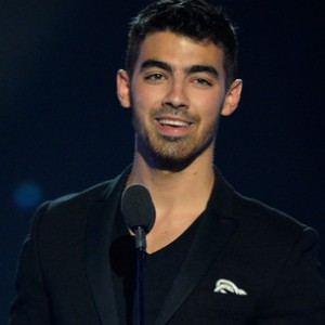 Joe Jonas f. Lil Wayne - Just In Love Rmx.
