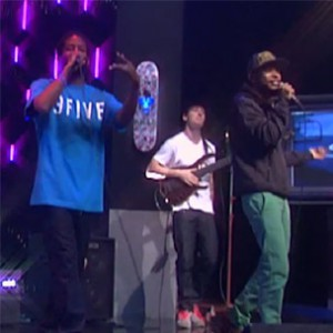 "Murs & Ski Beatz f. Tabi Bonney - ""Hip Hop & Love [Daily Habit Performance]"""