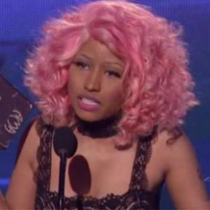 "Nicki Minaj f. David Guetta - ""Super Bass/Turn Me On [AMA Performance]"""