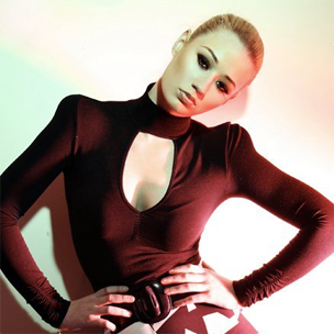 "Iggy Azalea Signs To Interscope Records, Preps Debut ""The New Classic"""