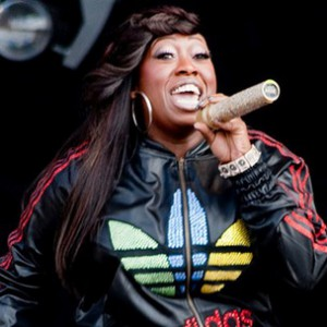 Throwback Thursday: Missy Elliott f. Method Man - Bring The Pain