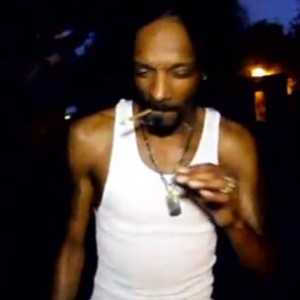 """Snoop Dogg - """"Sitting By The Water"""""""
