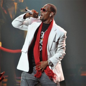 "R. Kelly To Release More Chapters Of ""Trapped In The Closet"""