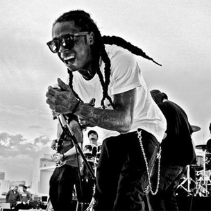Lil Wayne's Entourage Accused Of Attacking Photographer