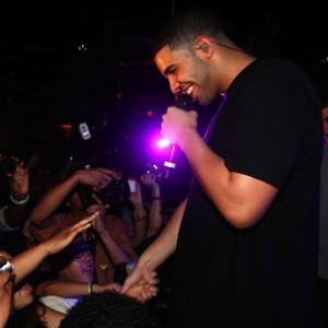 Drake f. Chris Brown - Yamaha Mama