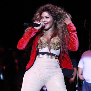 Lil' Kim Brings Out Missy Elliott, Eve, Juelz Santana During New York City Show
