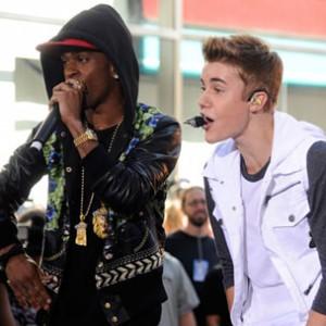 Justin Bieber & Big Sean - Teen Choice Awards Performance