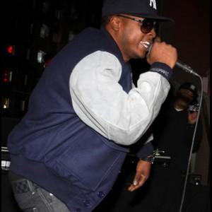 Young Chris f. Rico Love - Go Hard Money