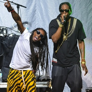 "2 Chainz & Lil Wayne Perform ""Yuck"" & ""No Worries"" At 2012 MTV Video Music Awards"