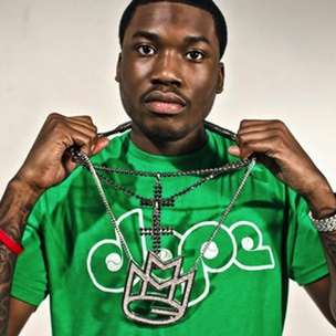 Meek Mill Clowns Roscoe Dash Over Song Credit Tweets