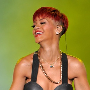 "Rihanna & A$AP Rocky Perform ""Cockiness (Remix)"" At 2012 MTV Video Music Awards"