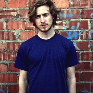 Asher Roth Details Album Delays & Frustrations