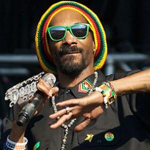 Snoop Dogg Endorses Barack Obama For President