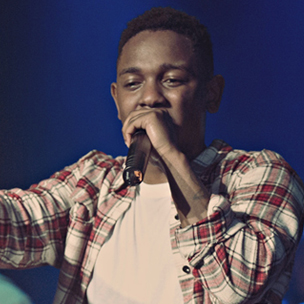 "Kendrick Lamar Performs With The Roots On ""Late Night With Jimmy Fallon"""