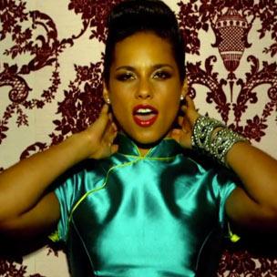 "Alicia Keys - ""Girl On Fire"""