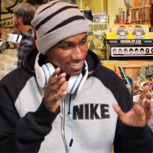 "Hopsin Compares ""Sag My Pants"" To 50 Cent's ""How To Rob,"" Recalls Rhyming With Mystikal At BET Cypher"