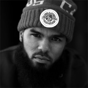 Stalley Headlines Fundraiser & Book Drive In New York