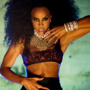 "Kelly Rowland f. Lil Wayne - ""Ice"""