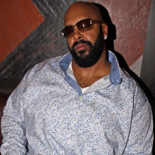 Former Ghostwriter Debunks Myth That Suge Knight Assaulted Vanilla Ice