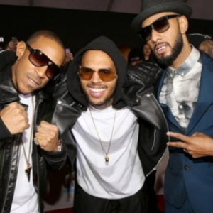 "Swizz Beatz f. Ludacris & Chris Brown - ""Everyday Birthday [AMA Performance]"""